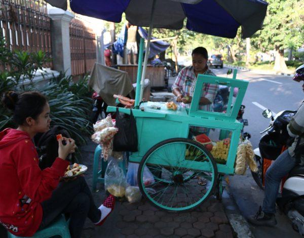 Rujak Manis, Salad Buah Citarasa Lokal
