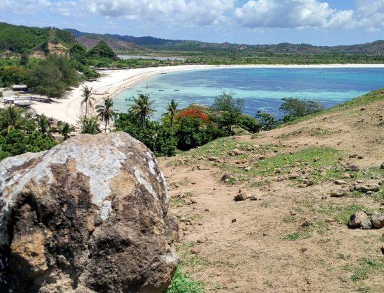 Tujuh Pantai Di Lombok Yang Sayang Dilewatkan