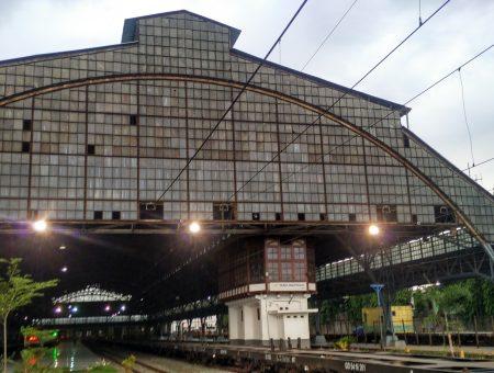 Baru Tapi Lama Di Stasiun Priok Jakarta